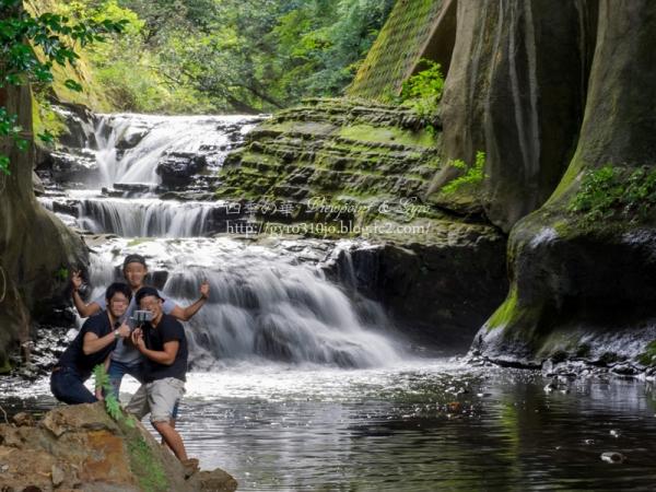 濃溝の滝 F