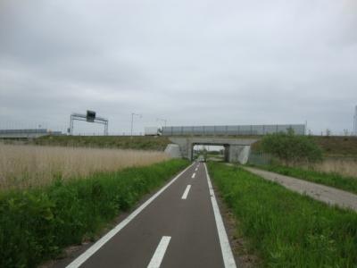 サイクリングロード 012