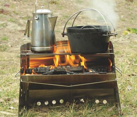 焚き火や炭火での調理を楽しめる、ステンレス製かまどユニフレーム(UNIFLAME) 薪グリル