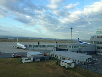 神戸空港 朝一の様子です