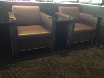 羽田空港国際線ANAラウンジ 椅子の雰囲気