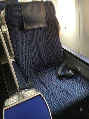 ANAHDのボーイング787 広々とした椅子