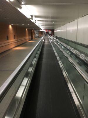 羽田空港第2ターミナルに移動したいと思います