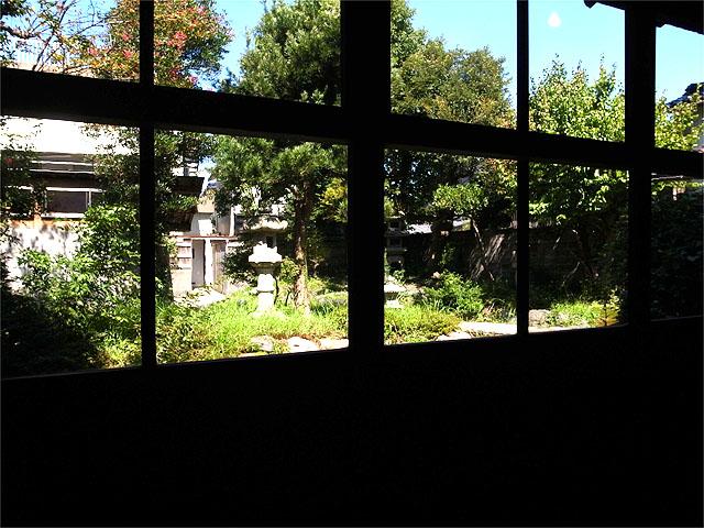 150922くらげが雲になる日-中庭
