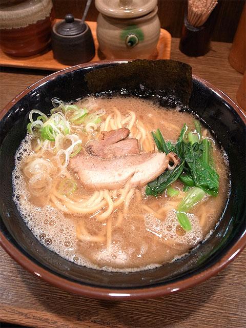 150923ラーメン屋 豚蔵-らーめん 並 太麺