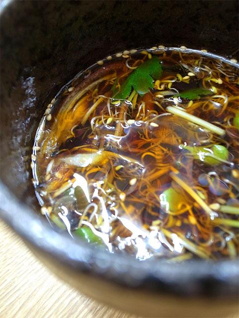160531麺屋白神-がごめ盛りそば・つけ汁薬味
