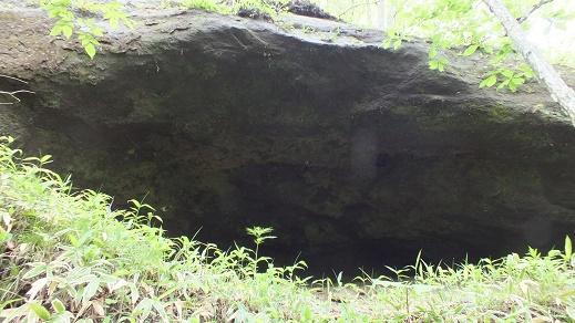 義経洞窟 (4)