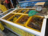 釜山港の鮮魚店