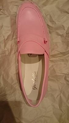 ピンクの靴2