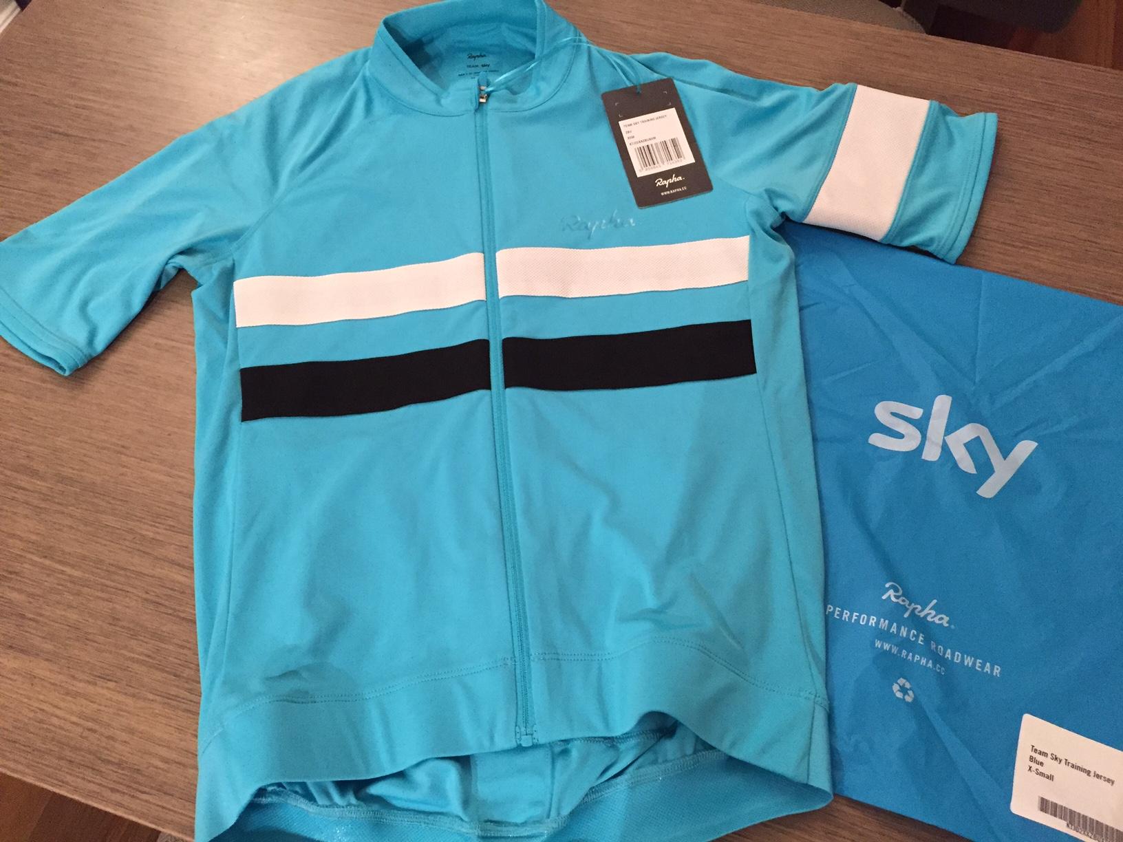 Rapha Team Sky Training Jersey と My Rapha Collection - まーちんのNY ... b8fab1363