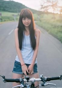 aizawa_rina_g052.jpg