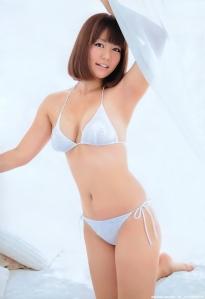 isoyama_sayaka_g119.jpg