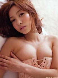 kiguchi_aya_g075.jpg