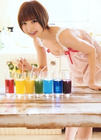 shinoda_mariko_g156.jpg