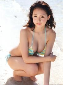 shinozaki_ai_g195.jpg