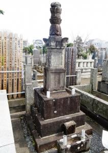 宮重作兵衛信秀の墓