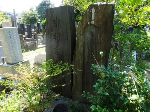 3代目中村仲蔵の墓