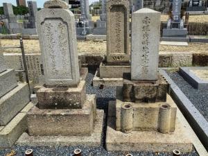 赤堀秀時の墓