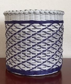 波編みの丸底かご(yukari130)