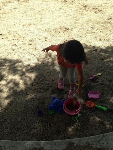 砂をいれまーす