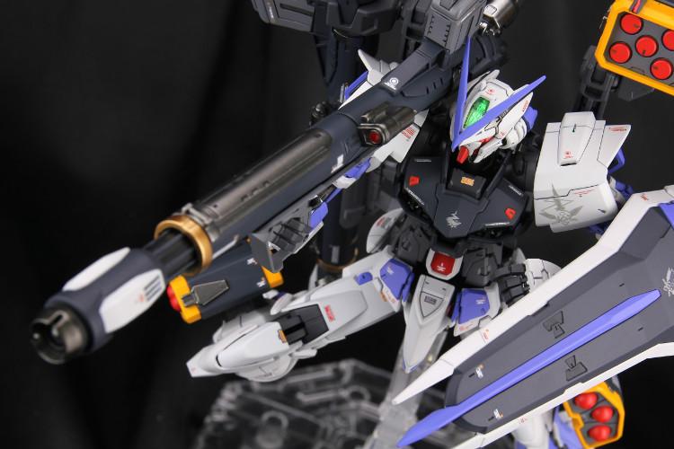 Gastray-blue-full009.jpg