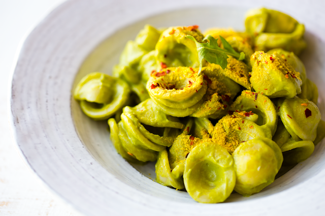 2016_02_11_pesto-pasta-avocado_9999_58pesto-avocado-pasta1344820.png