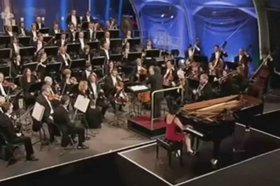 Yuja Wang plays Rachmaninovs Piano Concerto No3