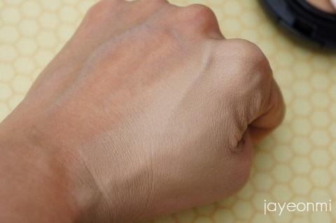April Skin_エイプリルスキン_マジックスノー クッション_blog (4)