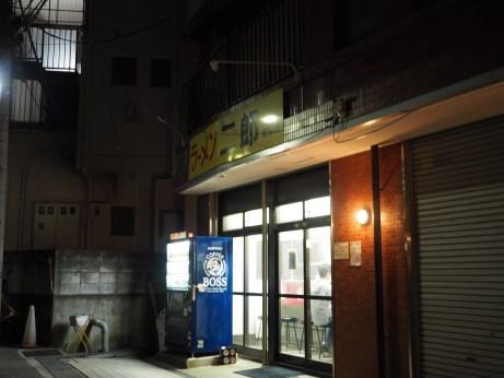 中山駅前_160710