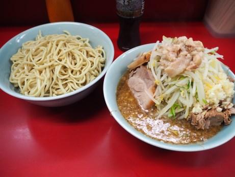 160715_中山駅前_小ラーメン_ぎょったまつけ麺_ヤサイニンニクアブラ