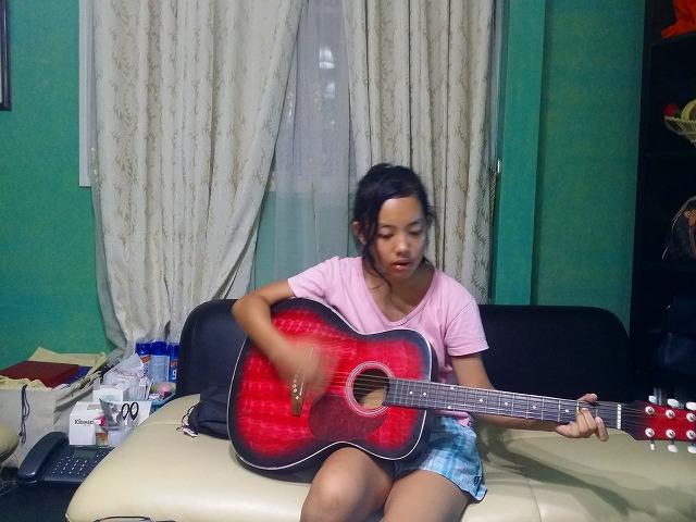 ハナとギター