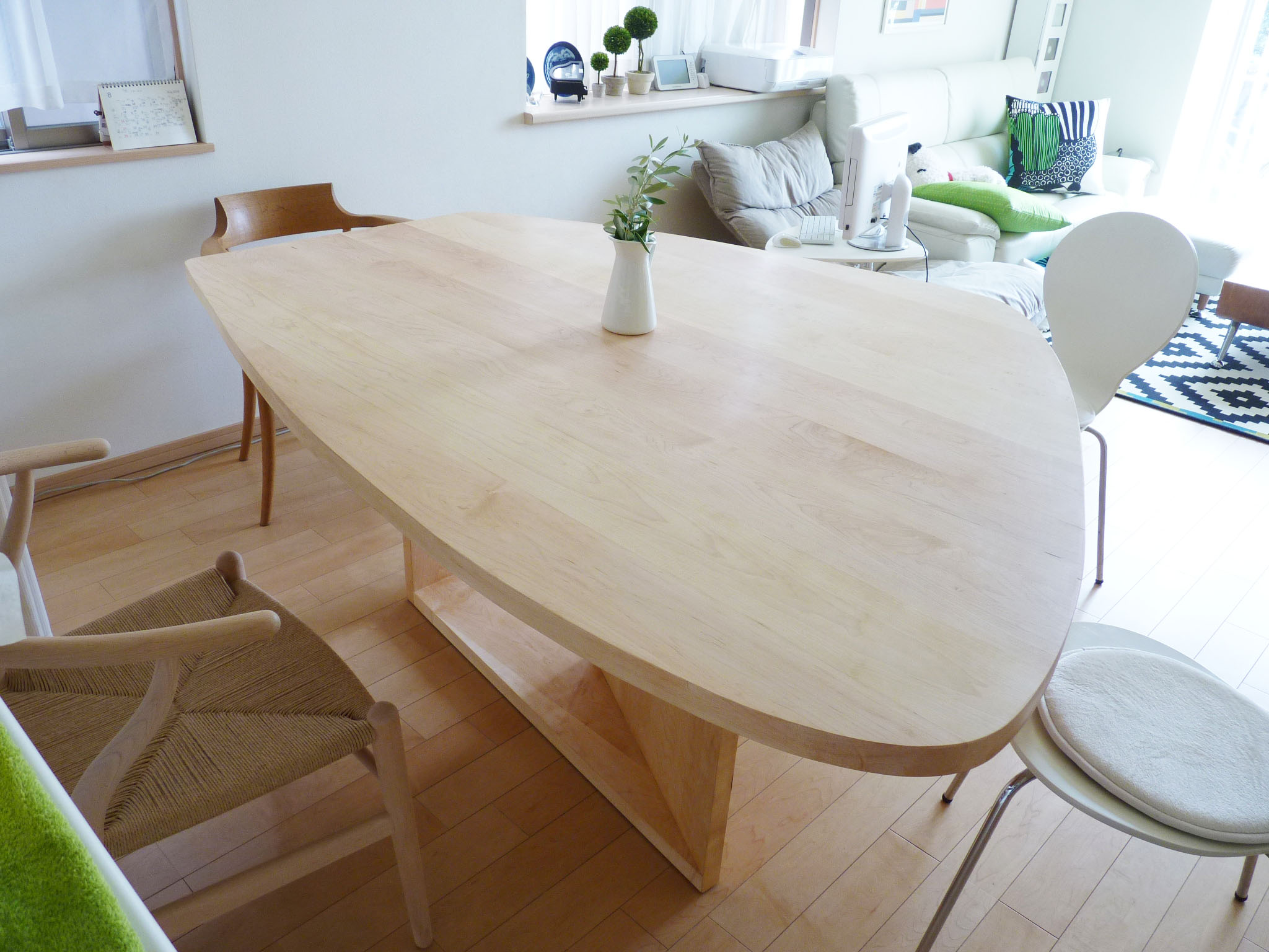じざい工房 小林康文が作るダイニングテーブル