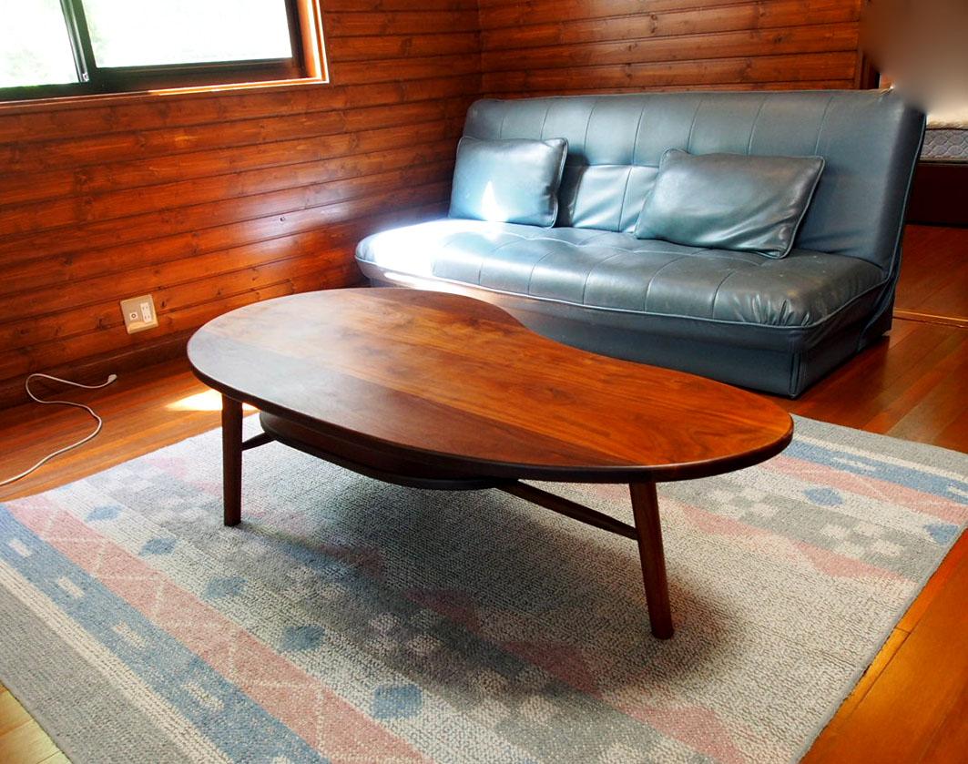 じざい工房 小林康文のテーブル