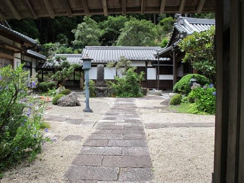 東奈良より 052
