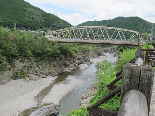 東奈良より 080