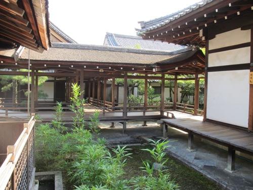 バス・京都世界遺産 113