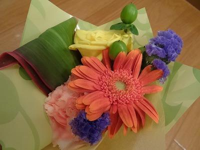 I 様、一周年お花、ありがとうございます♪