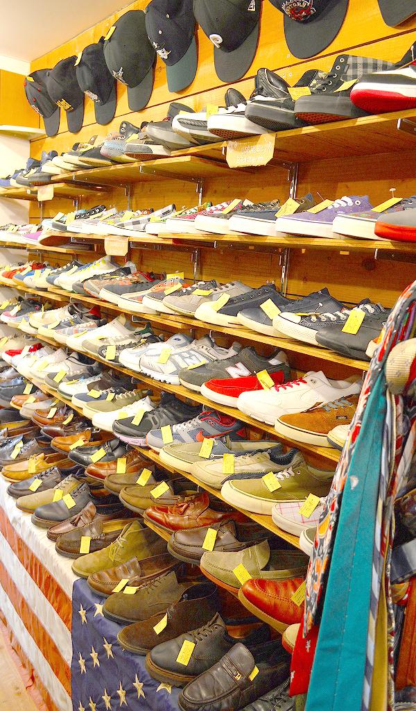 古着屋カチカチ Used clothing shop in Tokyo06