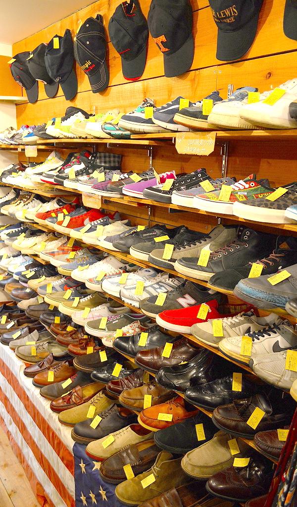 東京都北区の古着屋店内コーデ画像@カチカチ02
