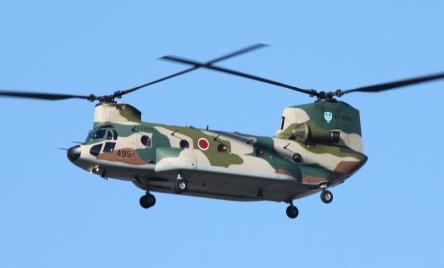 1920px-67-4495_CH-47J_from_Iruma_AB_(5215150649).jpg