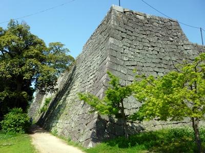 丸亀城_二の丸隅櫓下石垣