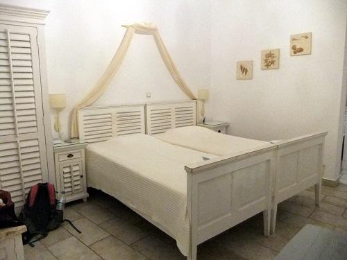 キモロスのホテル (1)