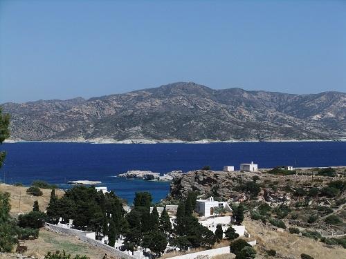 キモロス_ホリオから海を見下ろす
