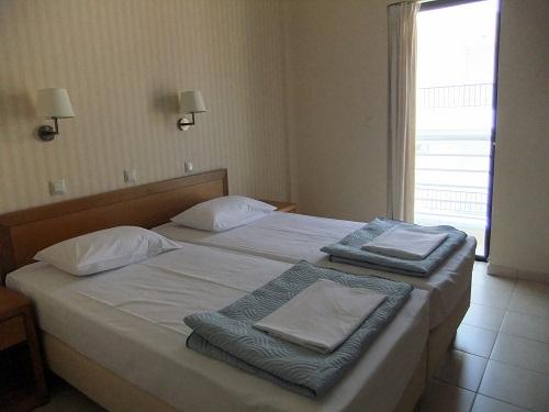 カラマタ_「ホテル・オーストリア」 (2)
