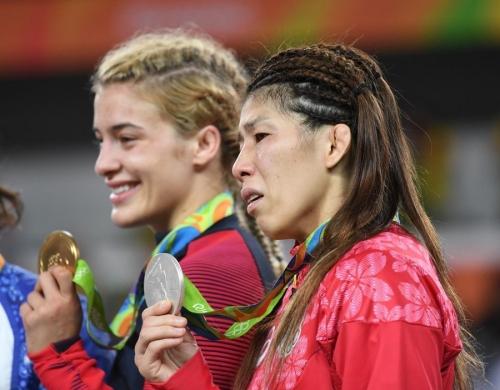 【競馬板】吉田沙保里、可愛い子ちゃんに負けて銀メダル