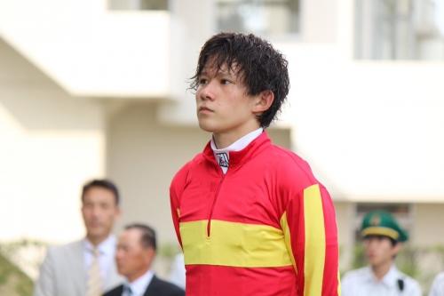 【競馬】石川裕紀人騎手がもうすぐ100勝だけど、減量とれてもおまえら買うか?