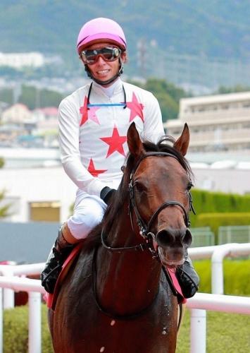 【競馬】ルメール「当然楽勝するものだと思ってたけど、2着馬(ミッキーロケット)が相当強かった」