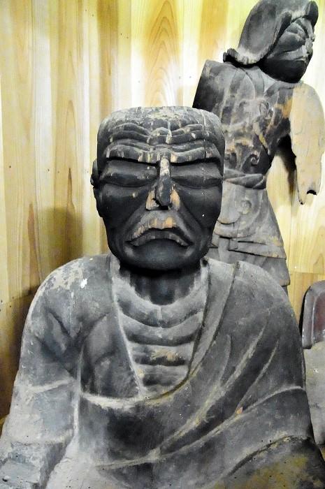 安楽寺・僧形坐像