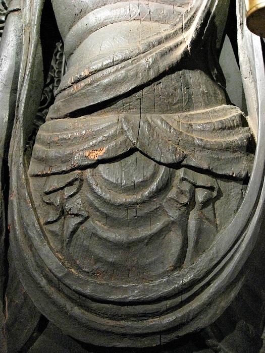 愛染院・十一面観音像~摩耗したような衣文の彫口