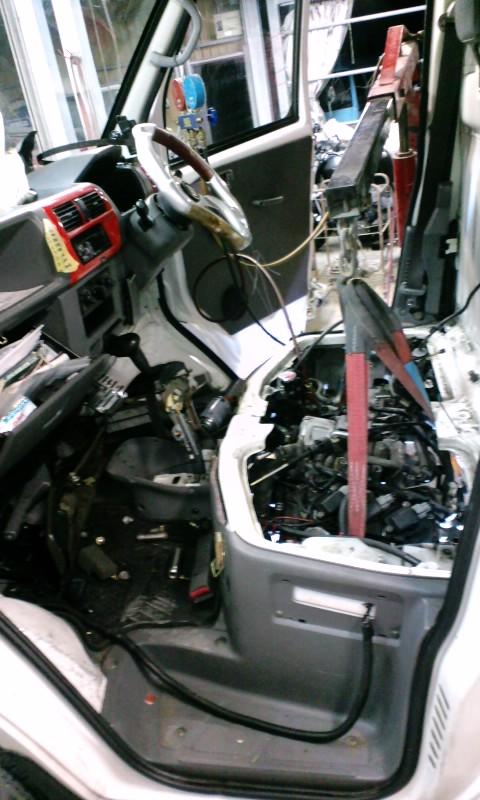 minicab_engine_nosekae_hekirusan04.jpg